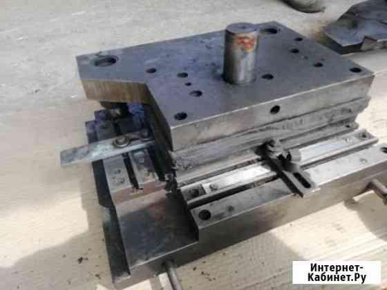 Вырубной штамп под вырубку металла (240х100 мм) Голицыно