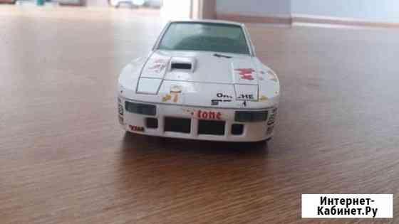 Модель bBurago 1:24 Porsche 924 Turbo Новый