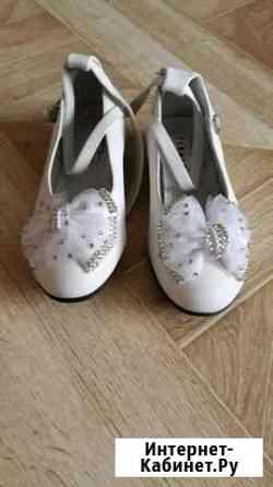 Туфли для девочки.б/у в хорошем состоянии.размер 2 Магадан