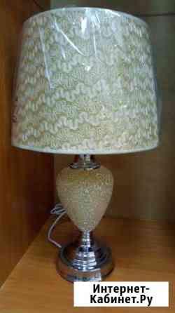 Продам настольную лампу и торшер Братск