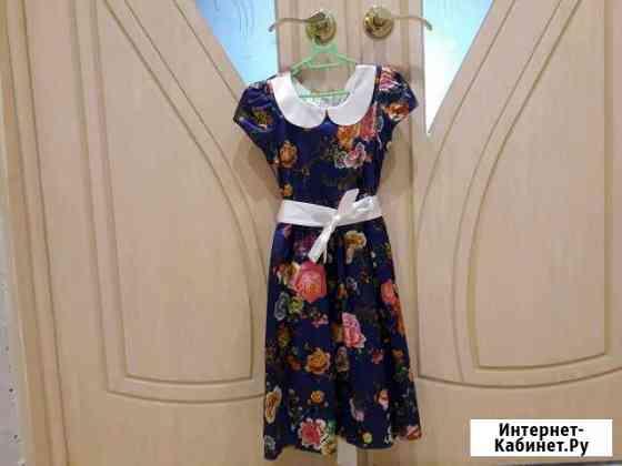 Платье.б/у.в отличном состоянии.рост 134 Магадан