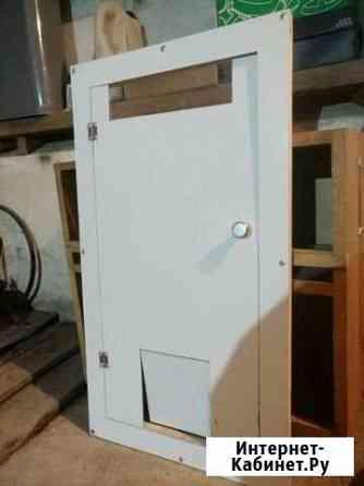 Дверь под раковину с дверцой для кошки Майма