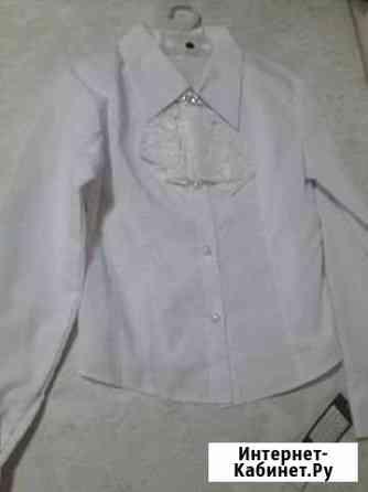 Блузка школьная, размер 146-152 Томск