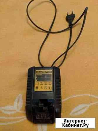 Зарядное устройство Dewalt DBC 100 для литиевых ак Тюмень
