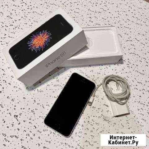 iPhone se Великий Новгород