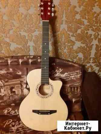 Продам гитару с запасными струнами Курск