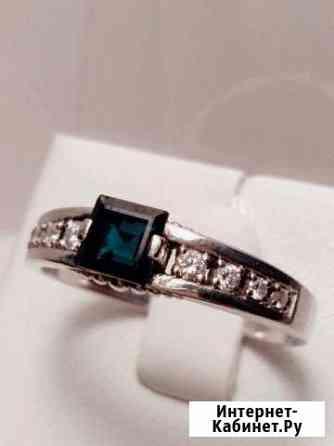 Золотое кольцо с бриллиантами Екатеринбург