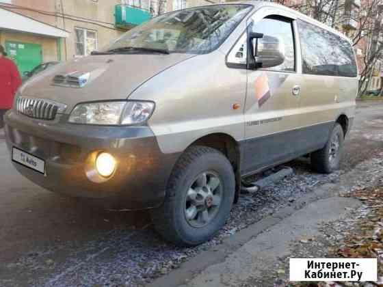 Hyundai Starex 2.5МТ, 2001, минивэн Томск