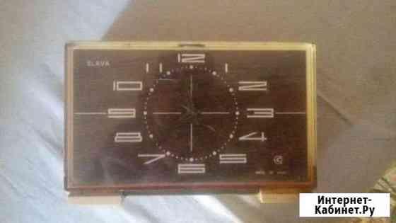 Часы на батарейке(работают или нет не знаю) Саратов