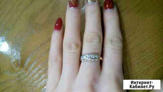 Золотое кольцо с вставками фианита Ульяновск