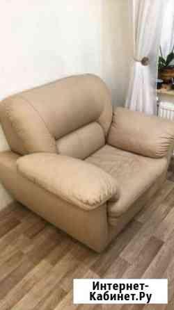 Кожаное кресло Киров