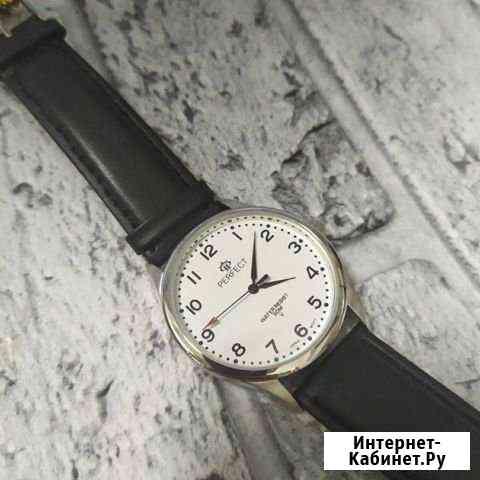Классические мужские часы Perfect Омск