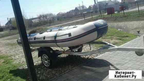 Лодка Средняя Ахтуба
