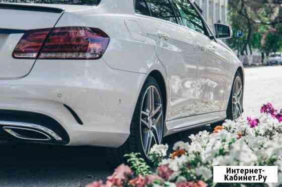 Аренда Mercedes с водителем, авто на свадьб Тюмень