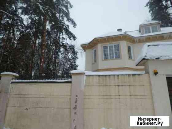 Дом 669.2 м² на участке 67.4 сот. Голицыно