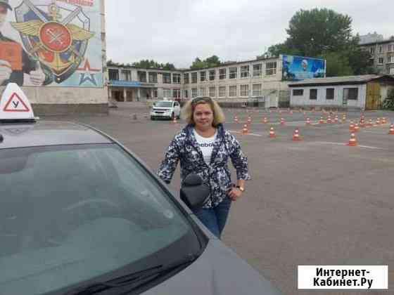 Инструктор по вождению. Автоинструктор женщина. МК Санкт-Петербург