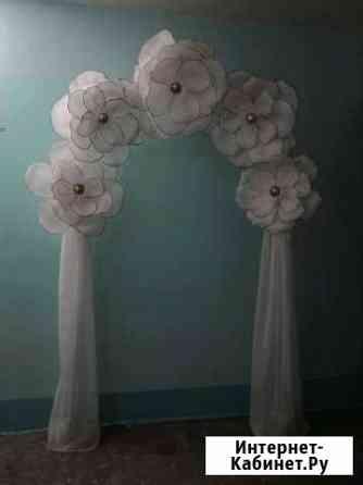 Большие цветы и арка для фотосессий Тольятти