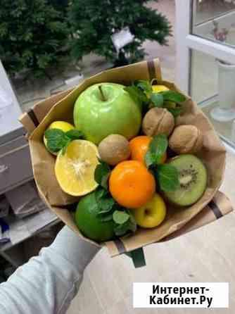 Букет из фруктов и конфет Абакан