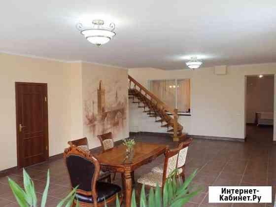 5-комнатная квартира, 325 м², 3/3 эт. Пионерский
