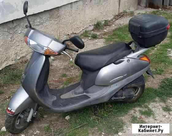 Продам скутер HONDA LEAD серебристого цвета Феодосия