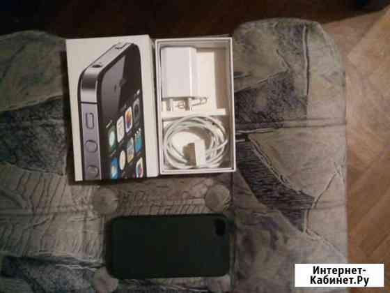 Чехол и зарядка на iPhone 4s Абакан