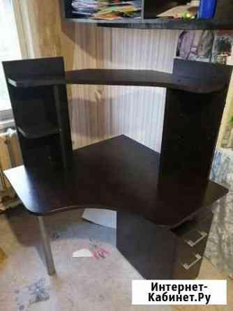 Компьютерный стол Мирный