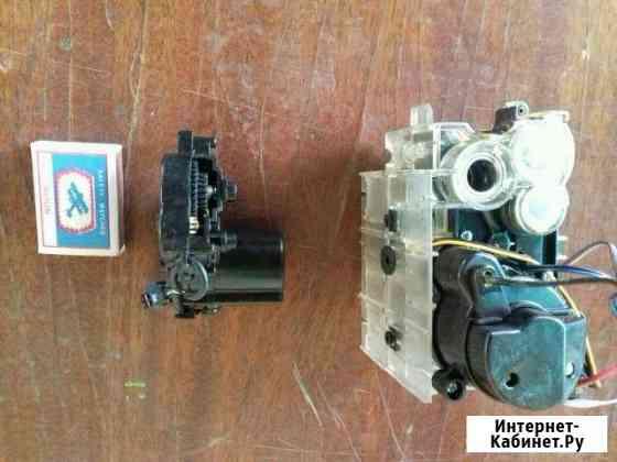Редуктор с двигателем и генератор 12 вольт Прохладный