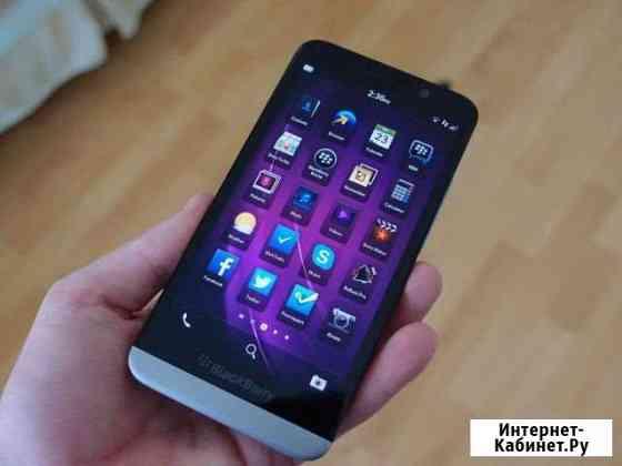 Телефон BlackBerry z30 Баксан