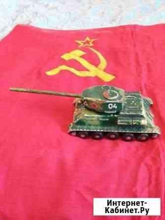 Макет Советского танка Москва