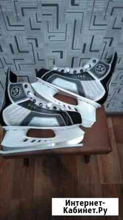 Коньки хоккейные размеры 40-42 Красноярск