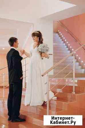 Продам свадебное платье 48-52 размера Кемерово