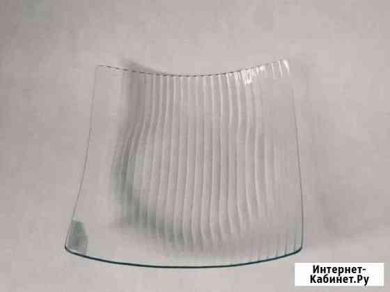 Стеклянная посуда. Блюдо прозрачное 30х30 см Пятигорск