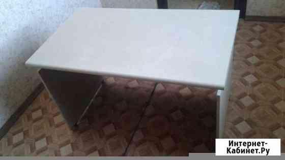 Продам офисный стол и шкаф Улан-Удэ