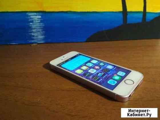 Телефон iPhone se 32GB Rose Челябинск