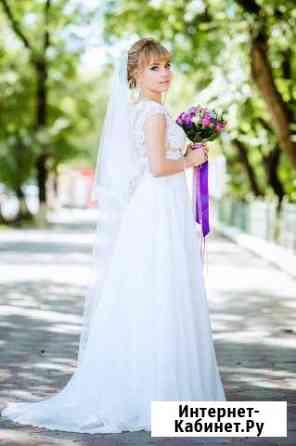 Шикарное свадебное платье со шлейфом Тамбов