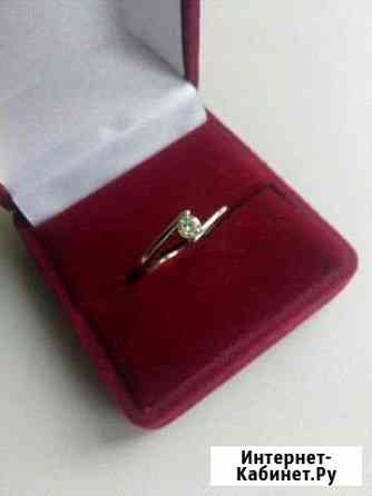 Золотое кольцо с бриллиантом Архангельск