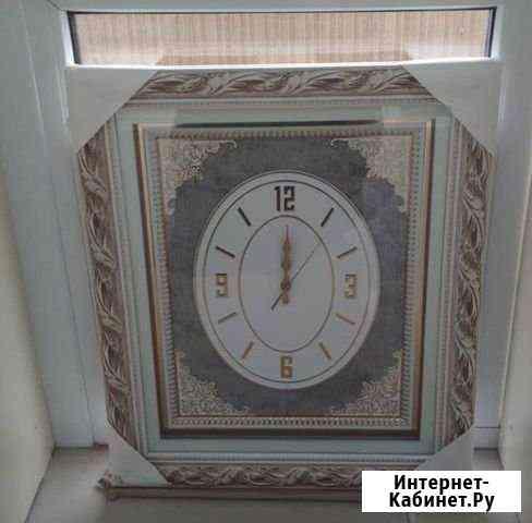 Настенные часы Алхан-Кала