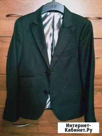 Пиджак для мальчика 9/10 лет Челябинск