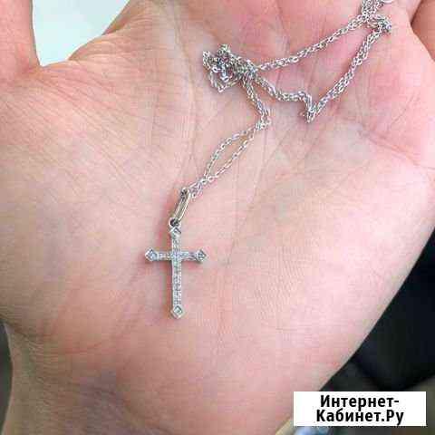 Крестик белое золото бриллиантики Екатеринбург