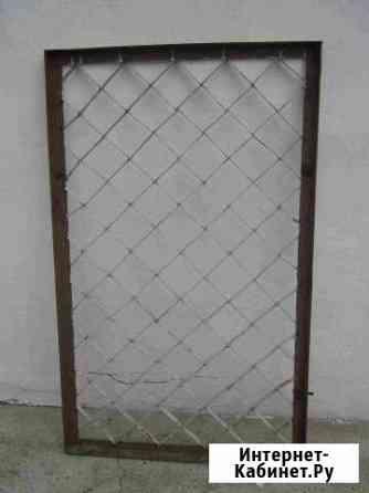 Защитная и декоративная решетка (вхшхг) 130х80х4см Петушки