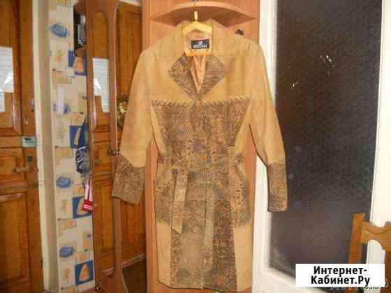 Продаю пальто женское. замшевое, турция Астрахань
