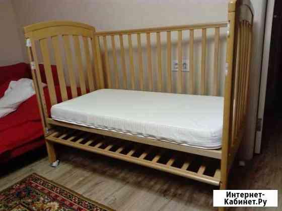 Продам детскую кровать+2 простыни на матрас Новосибирск