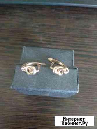 Золотые серьги Сочи