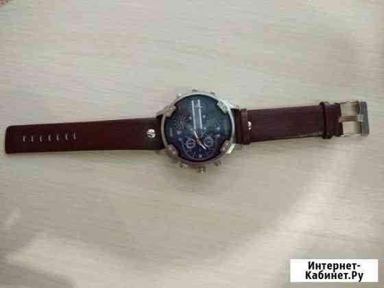 Новые наручные кварцевые часы Ефремов
