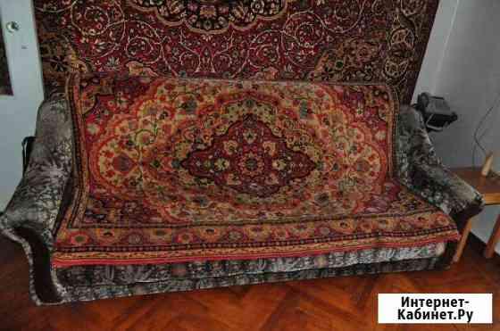 Ковры б/у, размер 2 х 3м, цена договорная Кизляр