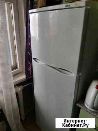 2 Холодильника, морозильная камера Остров
