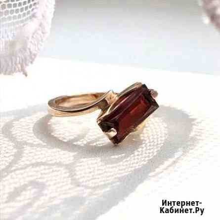 Золотое кольцо с гранатом Воронеж