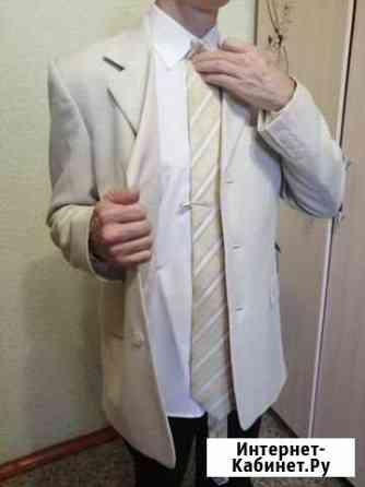 Пиджак, рубашка, галстук Волжский Волгоградской области