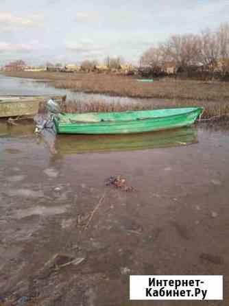 Ямаха 3 и лодка Оранжереи