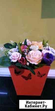 Неувядающий букет из мыльных роз в кашпо Ростов-на-Дону